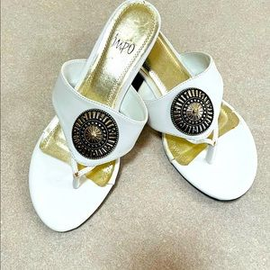 NWOT - IMPO white sandals, 9W